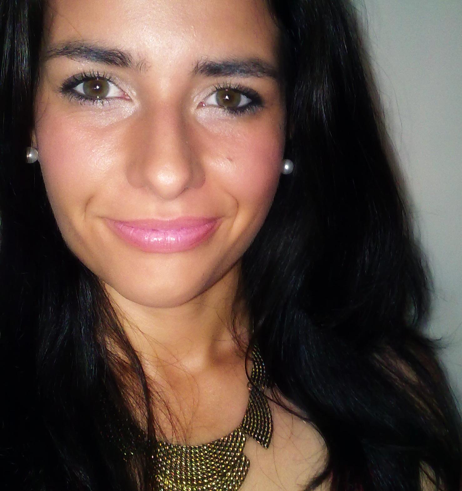 Vanessa R. Dias